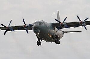 Antonov AN-12 (6126385631).jpg