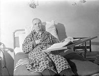 Antti Kukkonen sairaalassa.jpg
