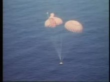Файл:Apollo 15 splashdown.ogv