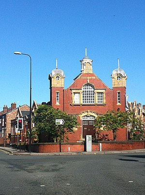 Ashton-in-Makerfield - Image: Ashton Library, 2012