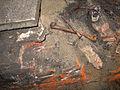 Aushub per Bagger 1m Alter St. Nikolai-Friedhof Nikolaikapelle Hannover, 18b Gebeine durch Bauhistoriker Sid Auffarth platziert.jpg
