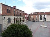 Ayuntamiento de Piñel de Abajo.JPG