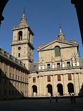 Fachada de la Basílica.