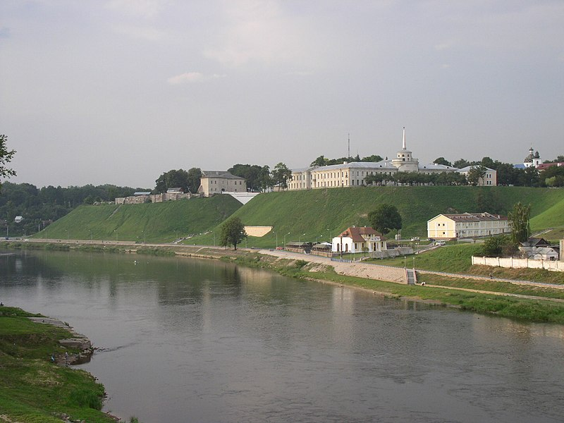 Vaizdas:Belarus-Hrodna-New and Old Castles-3.jpg