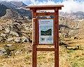 Bergtocht van parkeerplaats bij centrale Malga Mare naar Lago Lungo. Informatiebord over Val Venezia 02.jpg