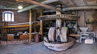 Oil mill - Image: Berschweiler Ölmühle pano