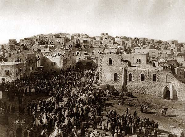Bethlehem Christmas pilgrims enter town 1890