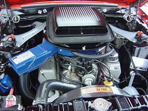 Boss 302 Mustang - Boss 302 engine with the shaker hood scoop