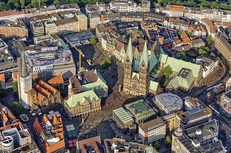 File:Bremer Marktplatz von Oben.jpg