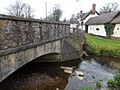 Bridge at Sampford Cross and the New Inn (geograph 3435869).jpg