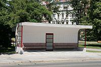 Brno, Obilní trh, tramvajová čekárna (1032).jpg