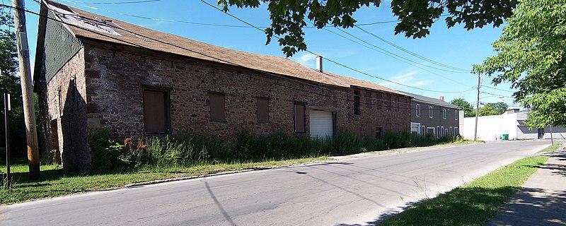 File:Brockport - Whiteside Barnett and Co - street view.jpg