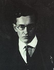 Brosch Portrait 1925, 1926 001.jpg