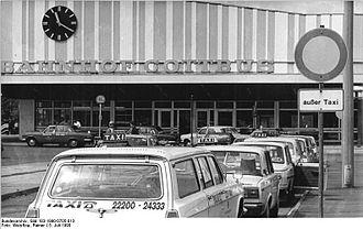 Cottbus Hauptbahnhof - Cottbus station, entrance building from the east (1990)