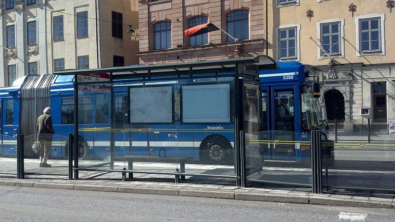 File:Bus en Estocolmo Suecia.jpg