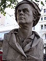 Bust of Hogarth - Leicester Square Gardens, London (4039159453).jpg