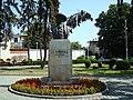 Bustul lui I.L. Caragiale - panoramio.jpg