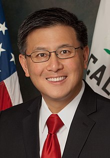 California State Treasurer John Chiang (cropped).jpg