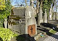 Cambrai - Cimetière de la Porte Notre-Dame, sépulture remarquable n° 01, famille Deligne-Bocquet, tombe remarquable (01).JPG