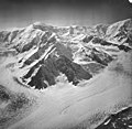 Capps Glacier, junction of valley glacier, icefall, and bergschrund, August 26, 1969 (GLACIERS 6446).jpg