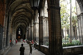 Catedral de Barcelona - Claustre.JPG