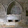 Catedral de Lisboa. Sepulcro en el claustro.jpg