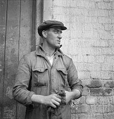 Cecil Beaton Photographs- Tyneside Shipyards, 1943 DB143.jpg
