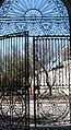 Cementerio Central - Portal de entrada visto desde adentro hacia la calle Gonzalo Ramírez.JPG