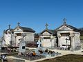 Cercles cimetière caveaux.JPG