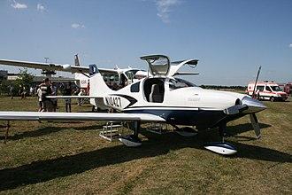 Cessna 400 - Image: Cessna Corvalis TT Airfield Bonn Hangelar
