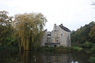 Château de la Chasse, St-Prix.jpg