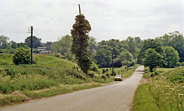 Chalcombe Road Halt site geograph-3148169-by-Ben-Brooksbank.jpg