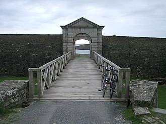 Charles Fort (Ireland) - Image: Charles Fort Entrance 20041204Blorg
