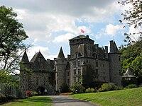 Chateau de Pesteils 01.jpg