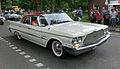 Chrysler Windsor 1960 - Falköping cruising 2013 - 1672.jpg