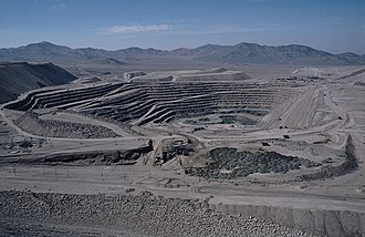 Chuquicamata, the largest open pit copper mine in the world Chuquicamata-003.jpg