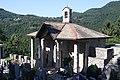 Cimitero a Esino Lario 01.jpg