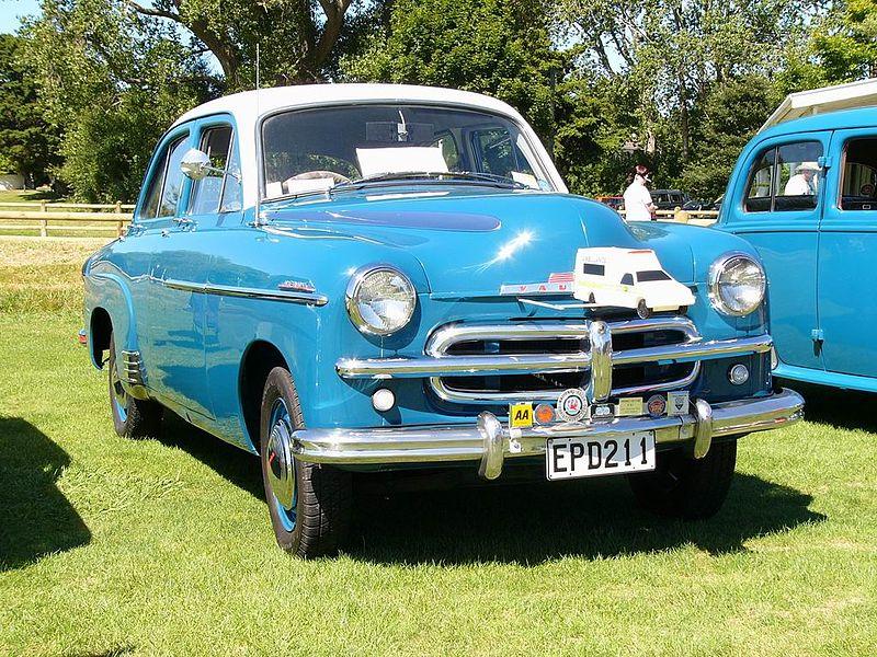 File:Classic Car Day - Trentham - 15 Feb 2009 - Flickr - 111 Emergency (40).jpg