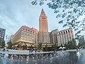 Cleveland Public Square Fountain (28055542805).jpg