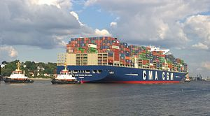 CMA CGM Vasco de Gama - CMA CGM Vasco de Gama ride up river Elbe in September 2015