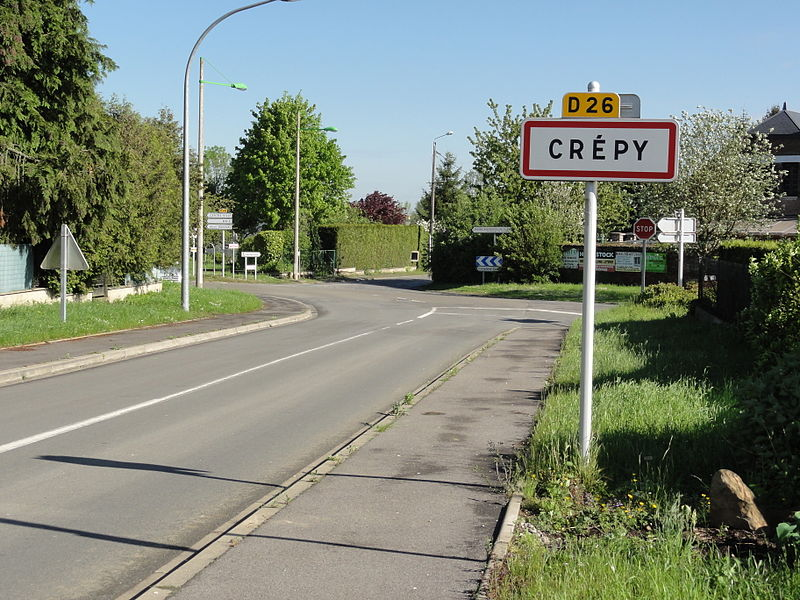 Crépy (Aisne) city limit sign