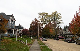 Crafton, Pennsylvania - Image: Creighton Avenue