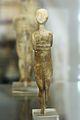Cycladic figurine, female, 2800-2300 BC, AM Naxos, 119819.jpg