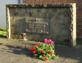 Dünstekoven Kriegerdenkmal (01).png