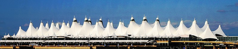 Fichier:DIA Airport Roof.jpg