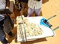 Date en sachets dans un tricycle à Parakou Bénin.jpg