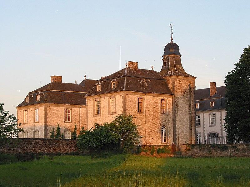 """Deulin (Fronville, Belgium): """"De Harlez""""'s castle (18th century)."""
