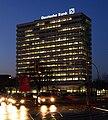 Deutsche Bank nachts.jpg