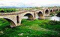 Die Schneiderbrücke (Ura e Terzive) über den Fluss Erenik, Kosovo - panoramio.jpg