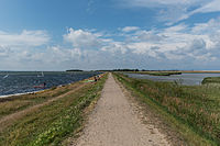 Dike between Orth and Flügge, Fehmarn 20140812 1.jpg